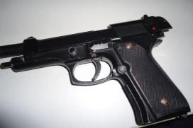 Pistola apreendida no Garavelo